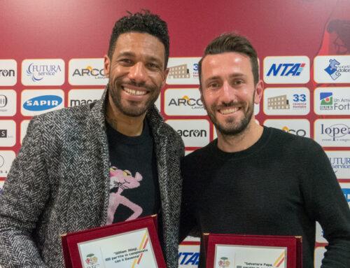 Papa e Jidayi premiati per le 100 presenze in giallorosso