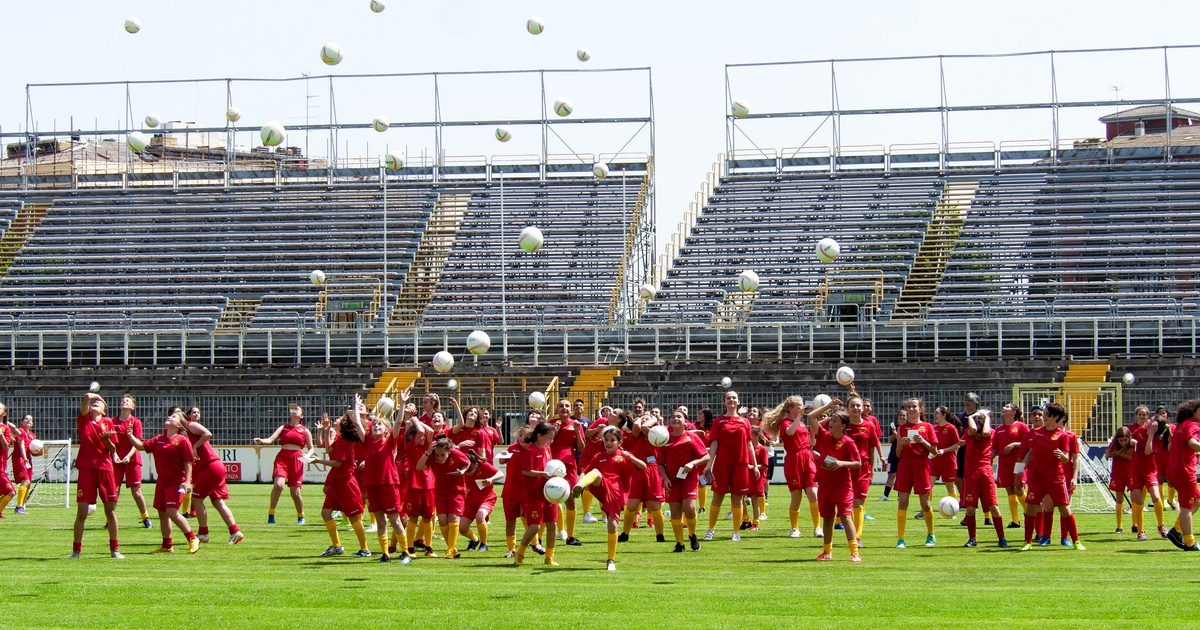 Grande successo per l'Open Day del calcio femminile allo stadio Benelli